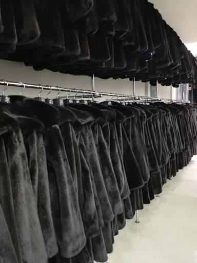 Трансфер в бутики меховых салонов