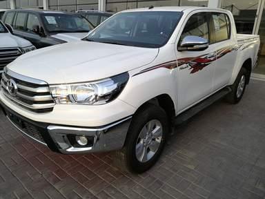 Купить новый автомобиль в Дубае - Hilux