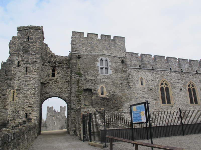 Входные ворота замка Сордс