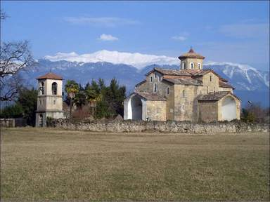 храм в Лыхнах
