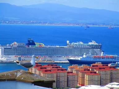 Вид на порт Гибралтара