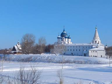 Зимняя панорама Суздальского Кремля