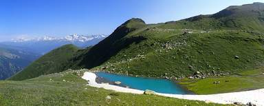 Грузия-Рача село Глола Бездонное озеро