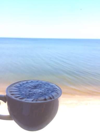 Куршская коса, чашечка кофе на берегу Балтики