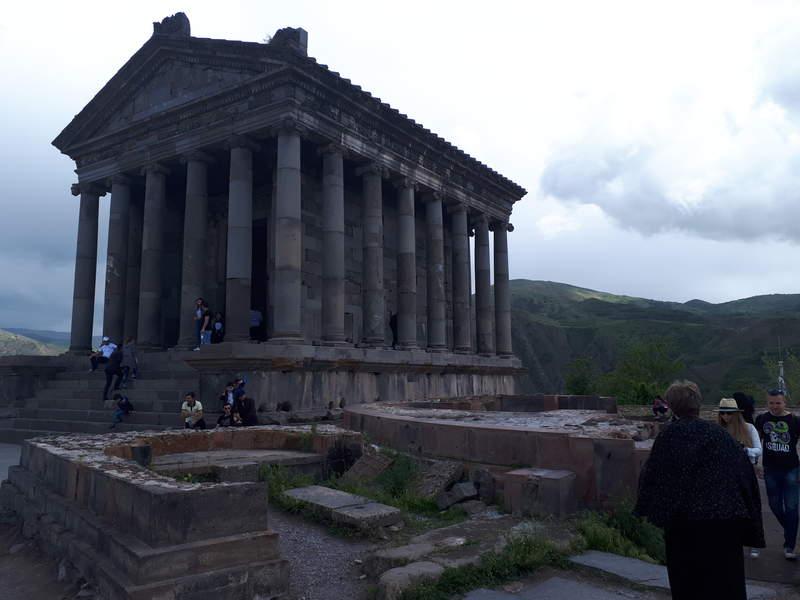 Гарни  Языческий храм на территории Армении