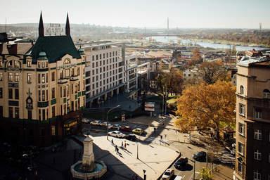 Отель Москва на площади Теразии