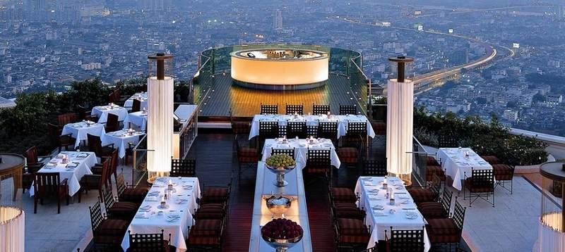 бар на крыше отеля Ле Буа Эстейт