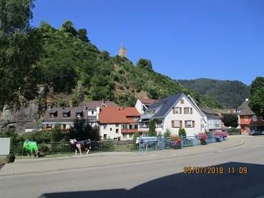 Вид на руины замка
