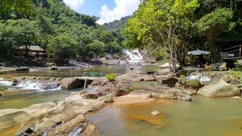 Водопад Янг Бай