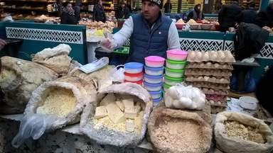 Мотал - особый сыр, томленный в бараньей шкуре