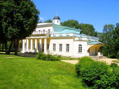 Музей-усадьба Ф.Тютчева в с.Овстуг