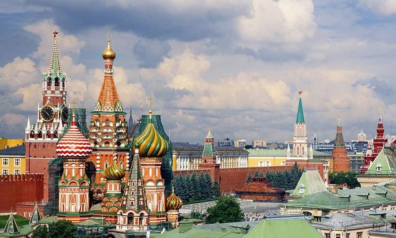 Вид на Красную площадь и Покровский собор