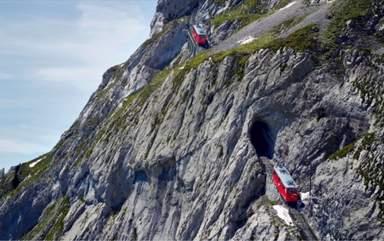 самая крутая железная дорога в мире с зубчатыми колёсами на вершине Pilatus