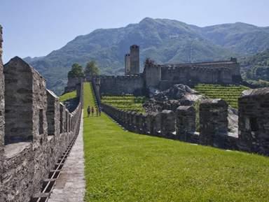 Монтебелло замок в Беллинцоне