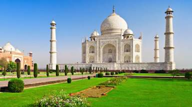 Экскурсию 'Затерянная столица Орчха - Каджурахо - Дели и Агра' проводит Хайдер Али