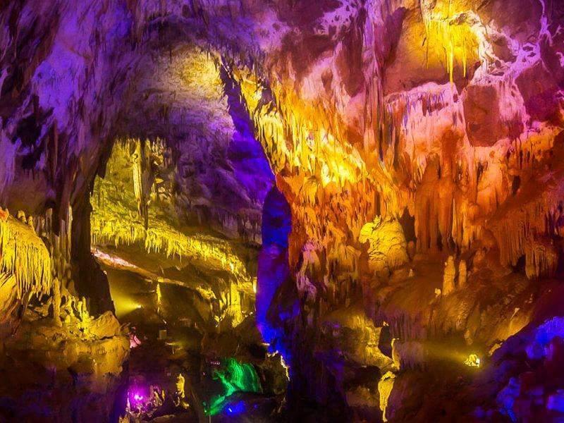 Пещера прометеа