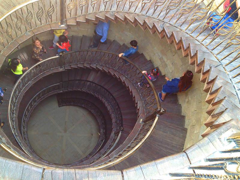Крепость Надир гала. Винтовая лестница