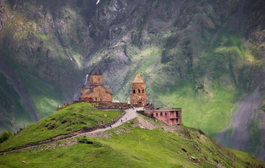 Церковь в Гергети