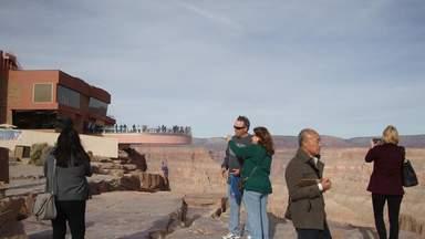 Западный Отрог Большого Каньона,  обзорная площадка Игл-Поинт