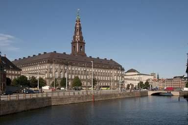 Дворец Christiansborg