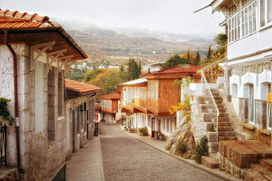 Курортная улочка посёлка Гурзуф