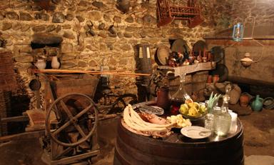 Дегустация вин в погребе