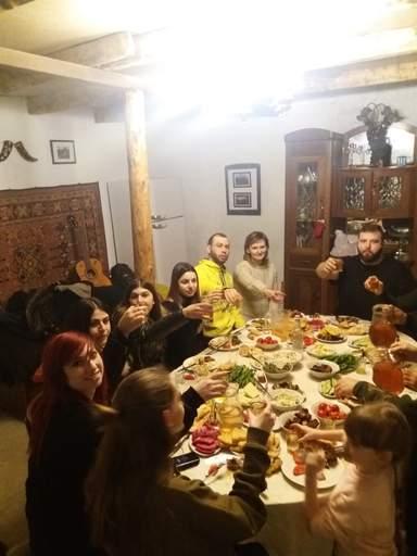 Традиционный ужин в семье