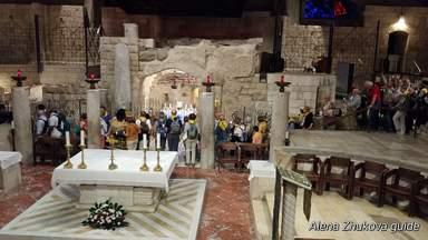 Дом святого семейства в базилике Благовещения
