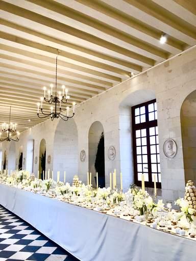 Праздничный стол в замке Шенонсо