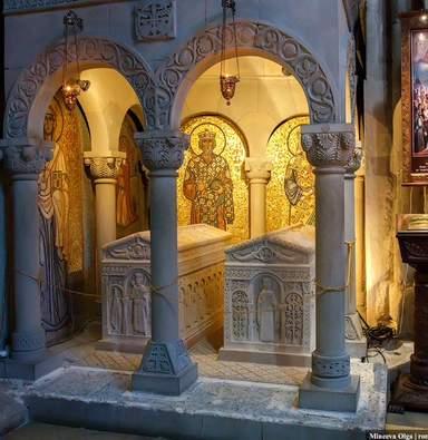 Храм Самтавро