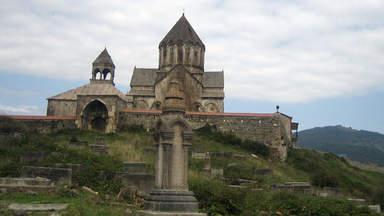 монастырь в Ленькорани