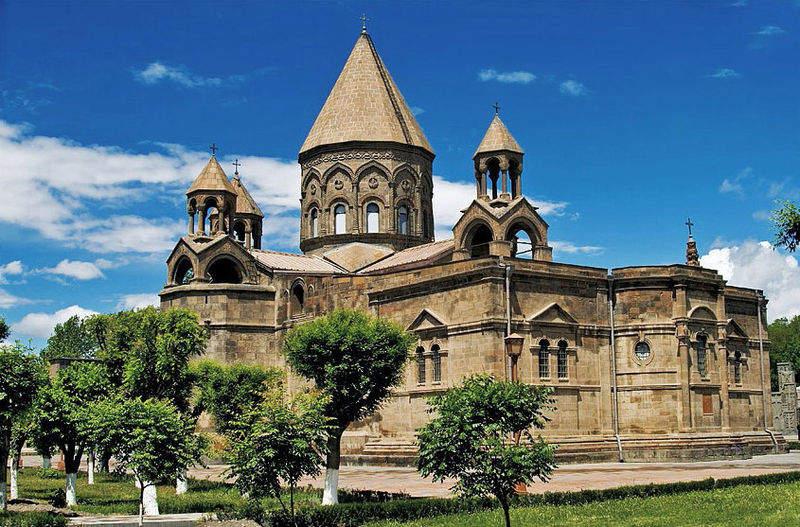 Храм Эчмиадзин