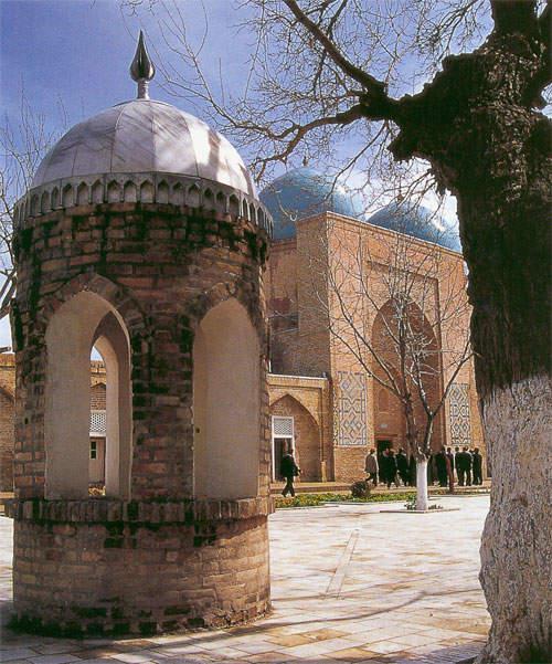 Мечеть и Мавзолей Дорут Тиловат