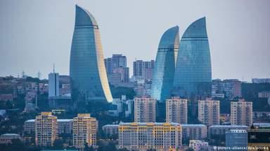 Пламенные башни Баку.