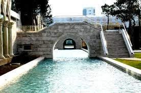 Малая Венеция в Баку.