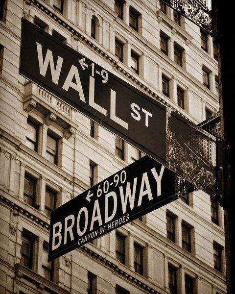 Пересечение Уолл Стрит и Бродвей