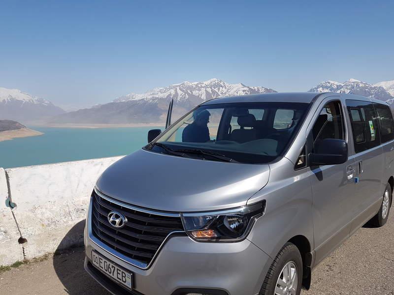 Микроавтобус Hyundai Starex для Ваших поездок по Узбекистану.