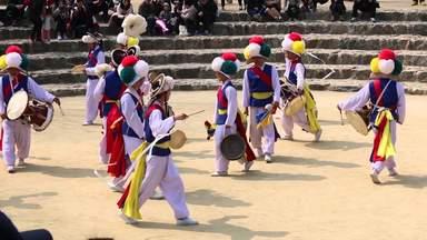 Музыканты в деревне Минсокчон