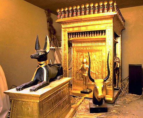 Зал Каирского национального музея