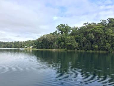 озера в кратерах вулканов на плато Атертон