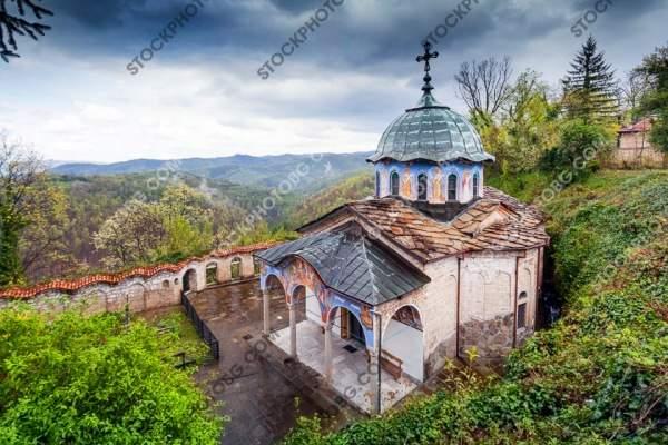 Сокольский монастырь рядом с Габрово