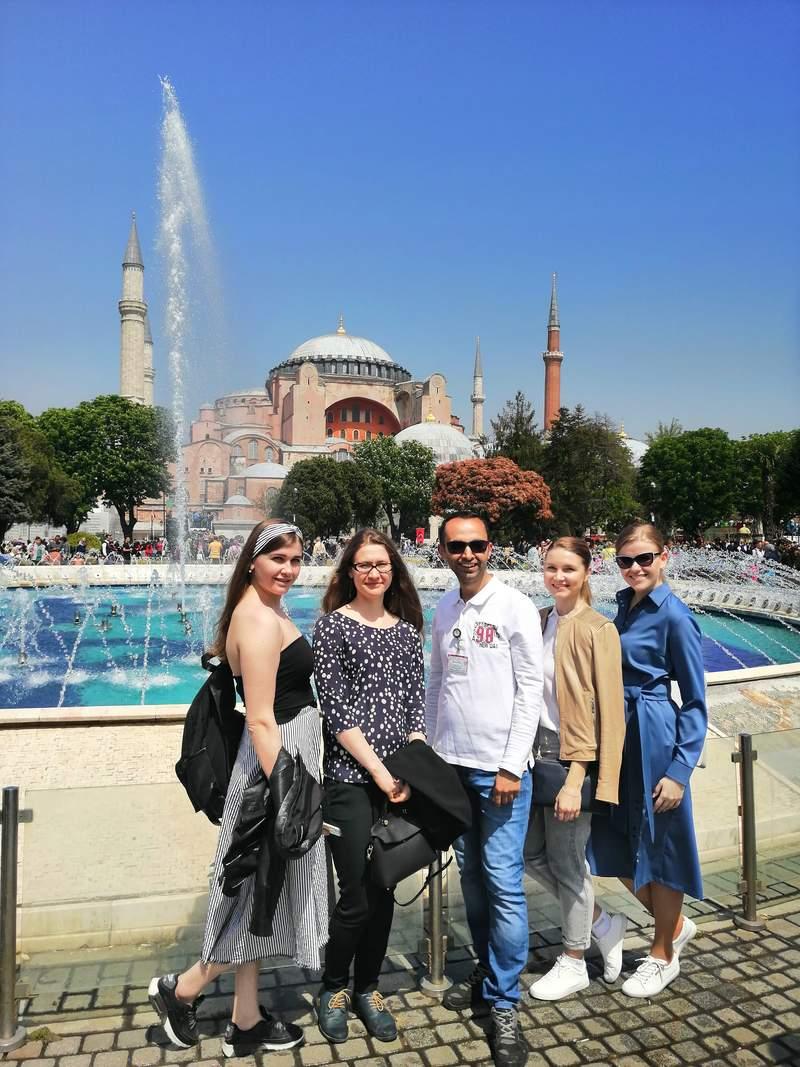 На площади Султанахмета