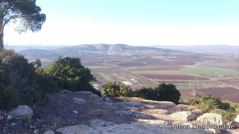 панорама на долину Армагедон