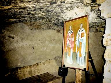 пещера в монастыре Св. Ираклидия