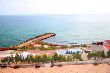 Один из пляжей Апшерона