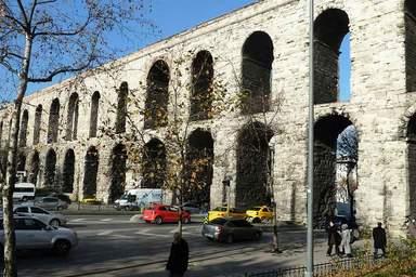 Римский Акведук