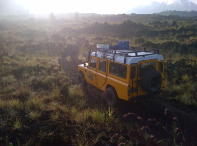 джип на вулкане Батур