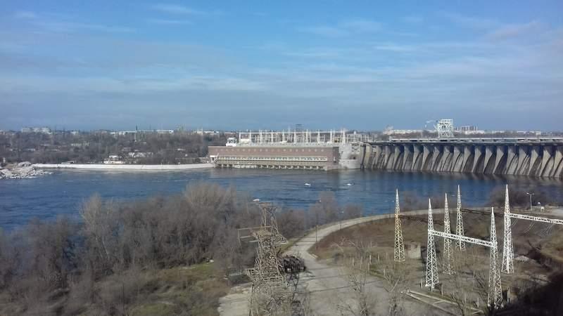 Днепрогэс - плотина, давшая начало городу