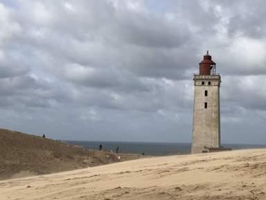 Маяк в песках