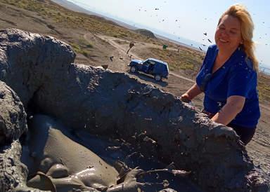 Всплеск грязевого вулкана
